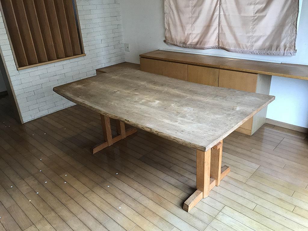 リメイクのご相談をいただいたクリの木のダイニングテーブル