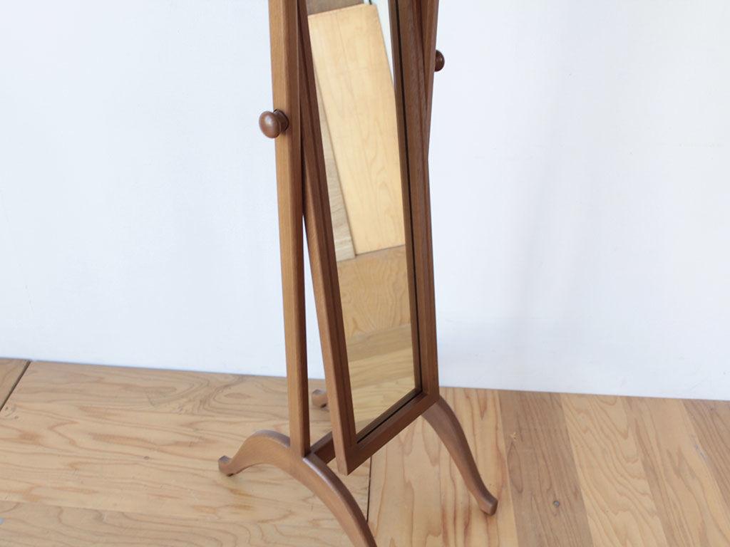 婚礼タンスの扉についている鏡をリメイクしてシュバルミラー風に