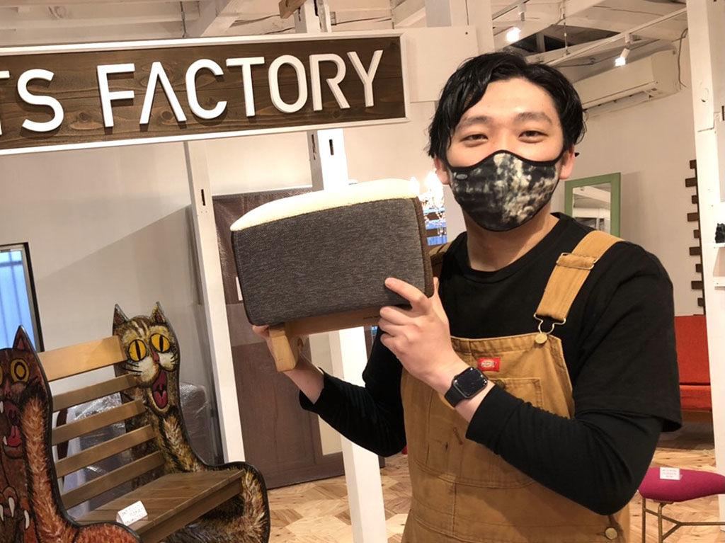 12月19日からシモキタベースのお店番に立っている福井