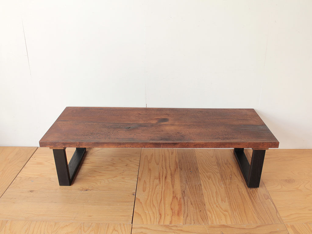 洋裁用作業板をリメイクして作ったローテーブル