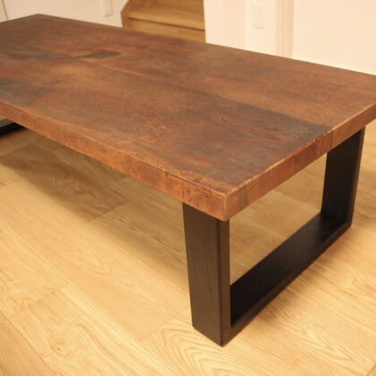 お客様に喜んでいただけた洋裁用作業板からローテーブルへのリメイク
