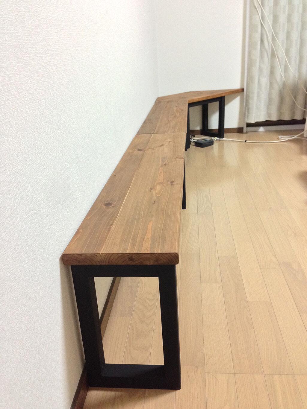 3ユニットのテーブルをお客様のお部屋に納品させていただいた写真