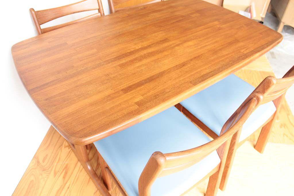 ダイニングテーブル磨き直し再塗装