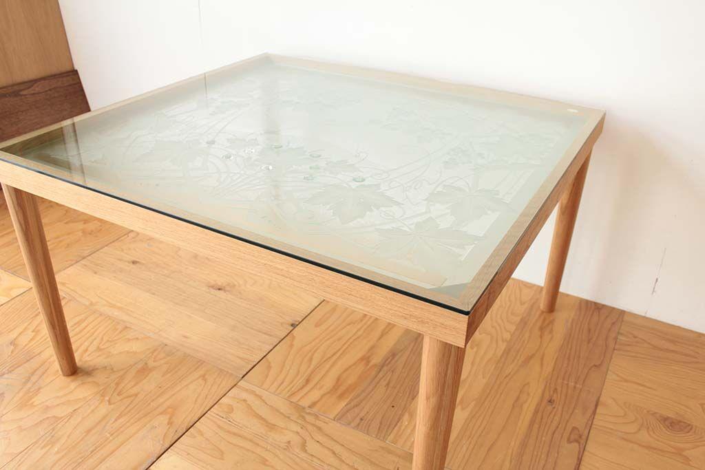 窓だったステンドグラスをダイニングテーブルにリメイク ガラストップ