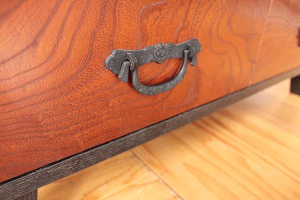 婚礼家具欅和ダンスから和モダンナイトキャビネットにリメイク 取っ手金物も使用