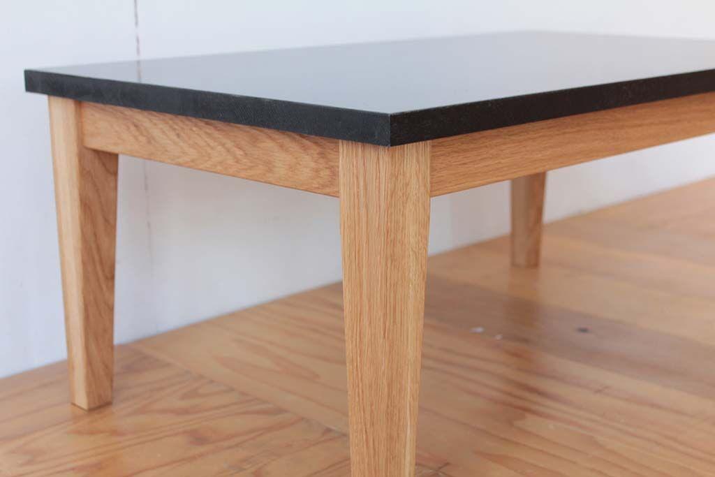 思い出の学習机をローテーブルにリメイク フレームは無垢オーク材