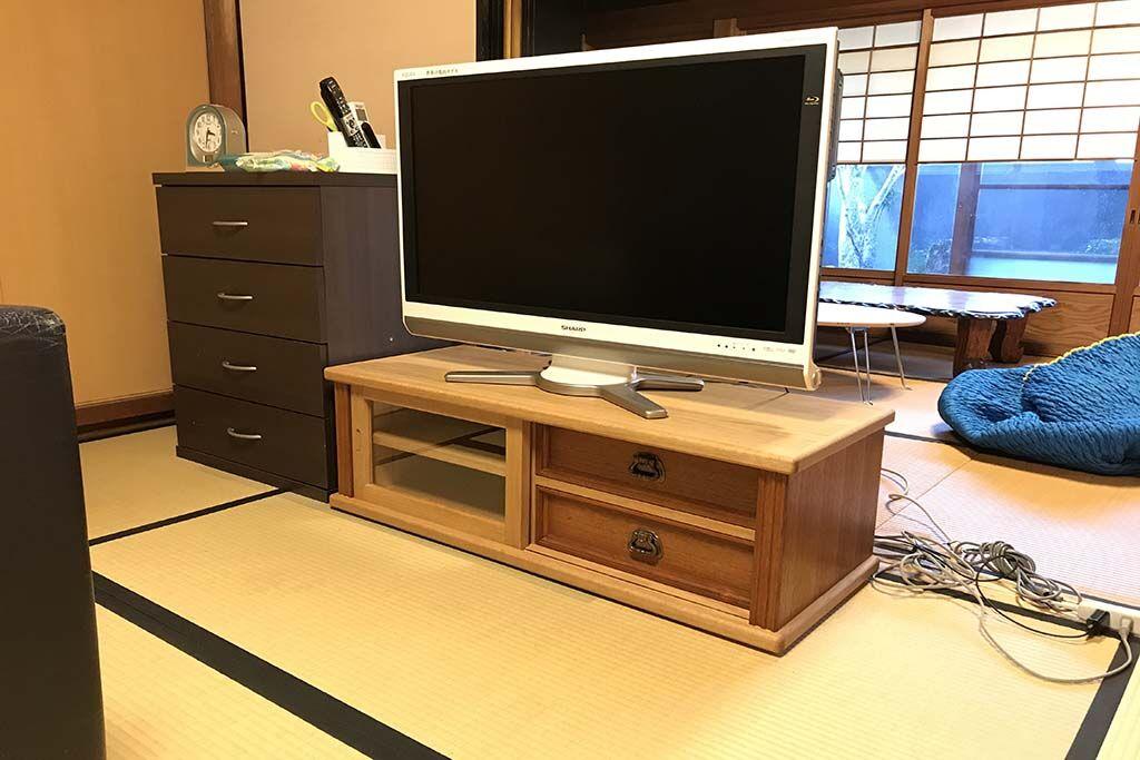 婚礼家具整理箪笥からオーク材テレビボードにリメイク 納品時