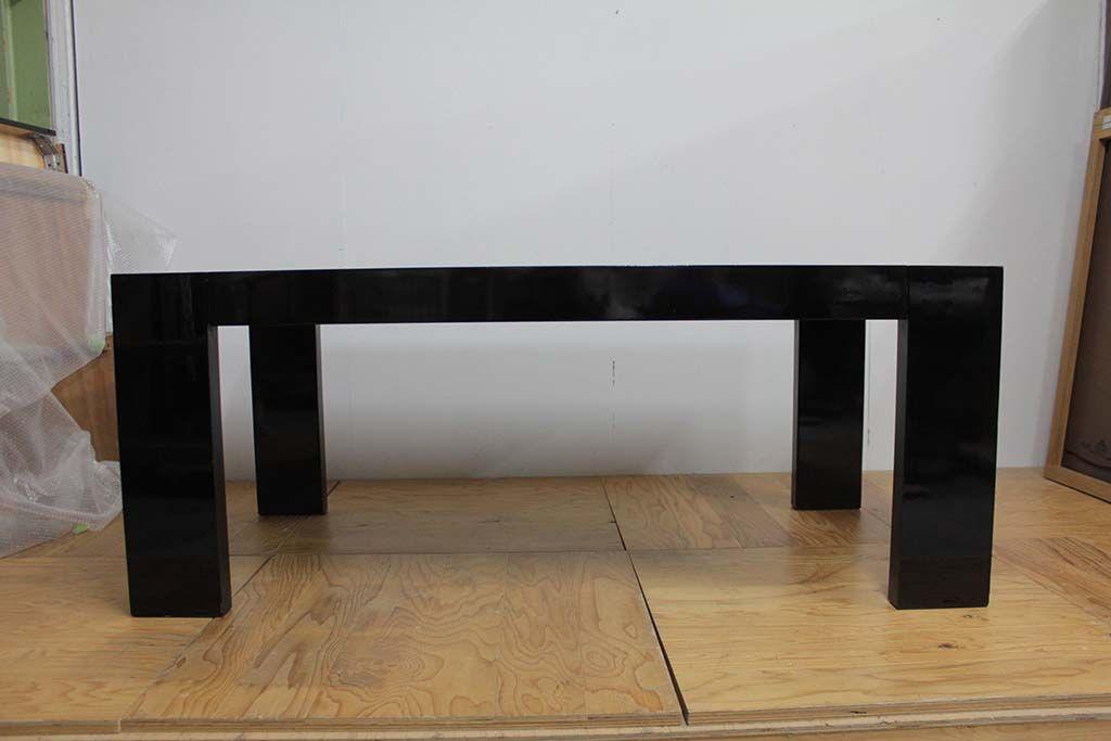 ダイニングテーブルをレストアとリサイズリメイクブラック鏡面仕上げ