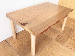 無垢一枚板の座卓天板をスライスしてダイニングテーブルにリメイク アイキャッチ