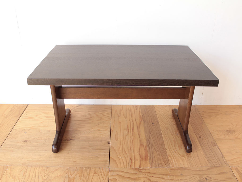 リメイク完成して一回り小さくなったダイニングテーブル