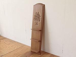 婚礼タンスの扉を生かして飾り棚にリメイク アイキャッチ