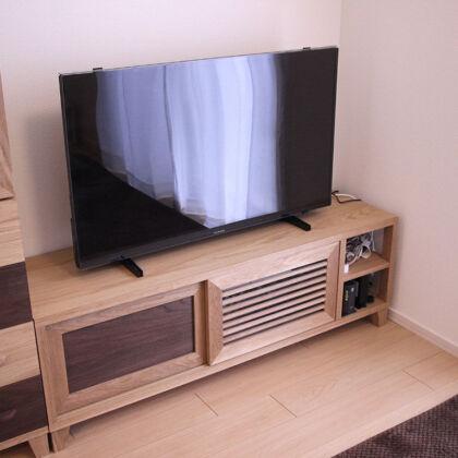 オーダーメイドのテレビボード