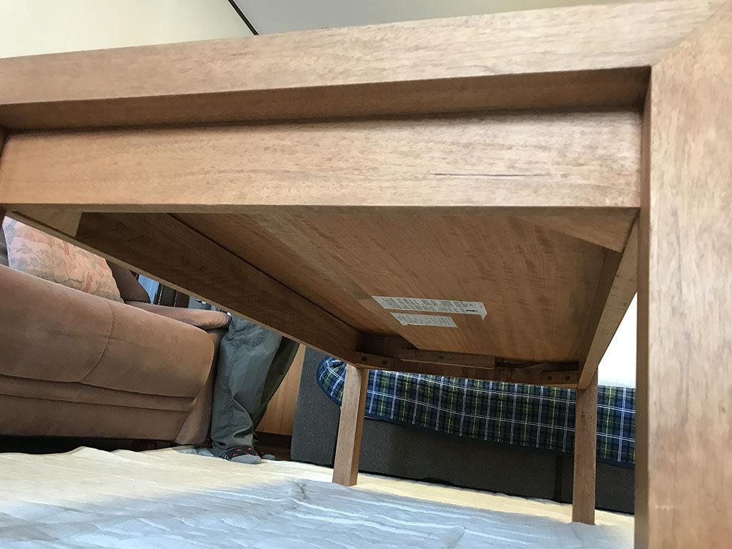 高さ650mmになるようリメイクご希望いただいたローテーブル