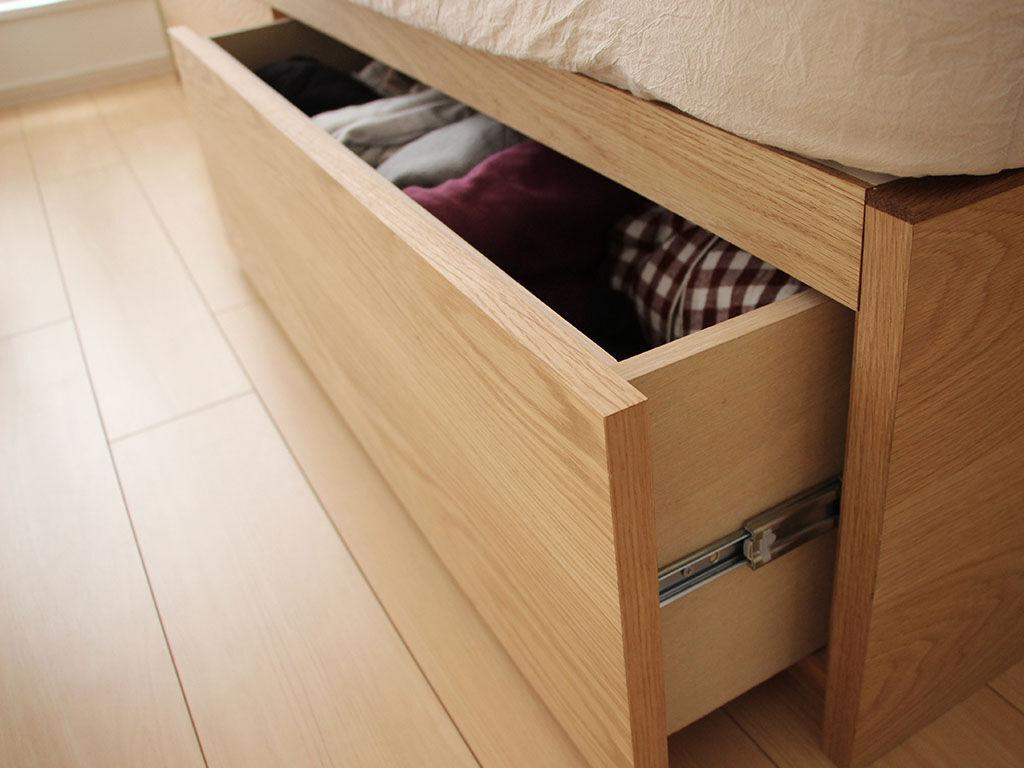 スライドレール付きのベッド下引き出し収納