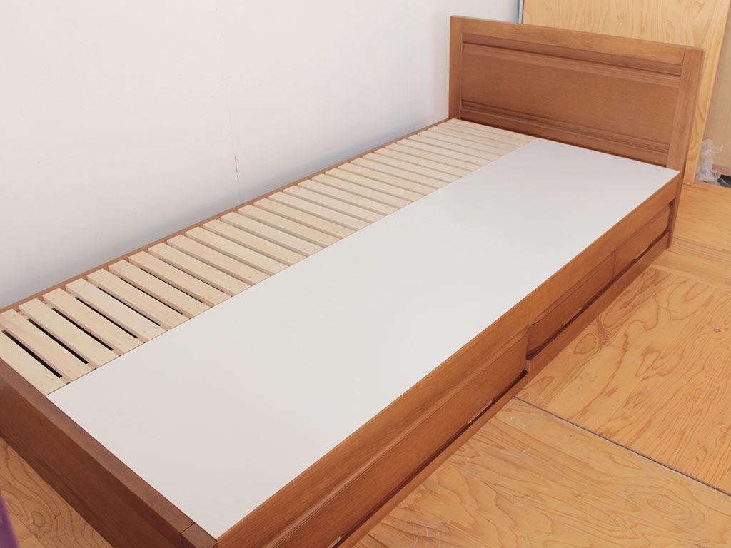 婚礼タンスをリメイクして作った収納付きシングルベッド