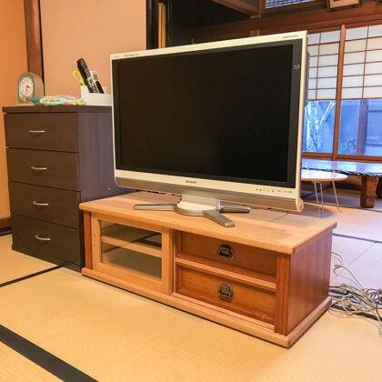 和室に納品させていただいた婚礼タンスからリメイクしたテレビ台