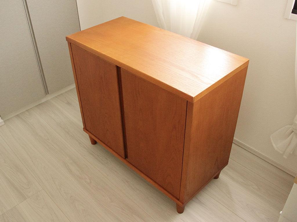 下駄箱をリメイクしたキャビネットをお客様宅に納品