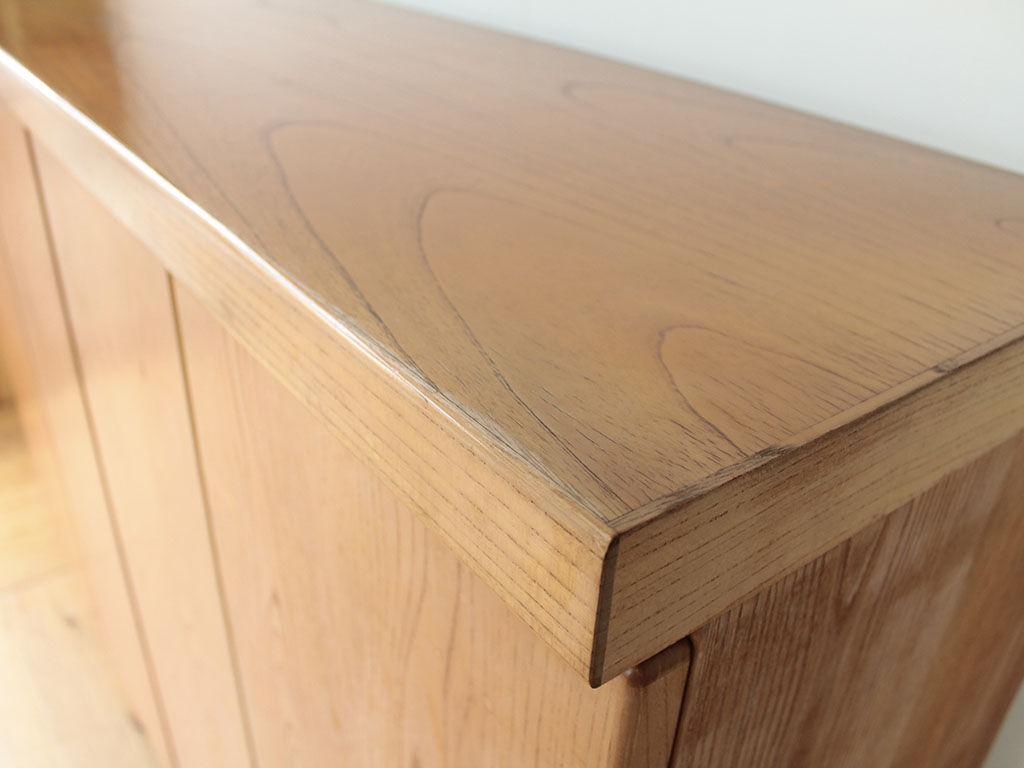 天板を生かしてテーブルにリメイクしたいとご希望いただいた下駄箱