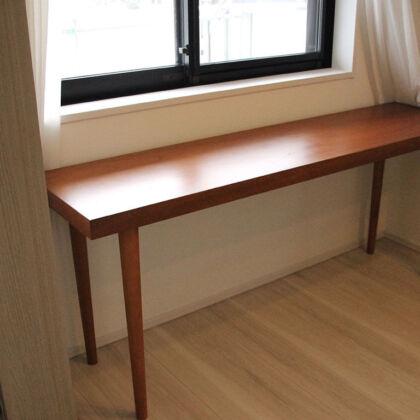 お客様宅に納品させていただいた下駄箱をリメイクしたテーブル