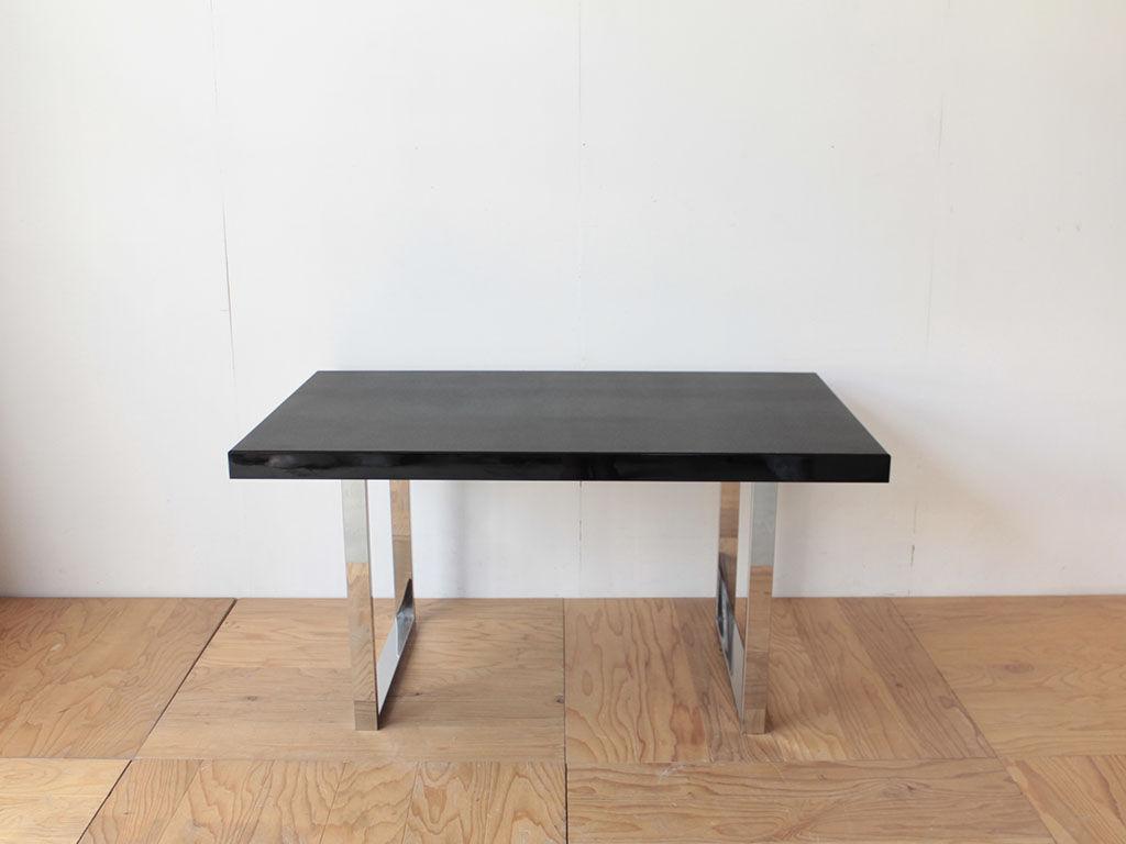 輪島塗りの座卓をリメイクしたソファテーブル