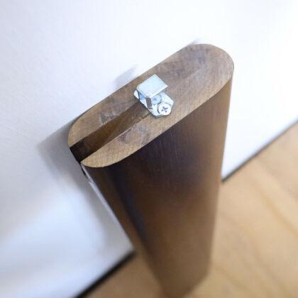 レッグジョイント金具を取り替え修理したテーブル脚