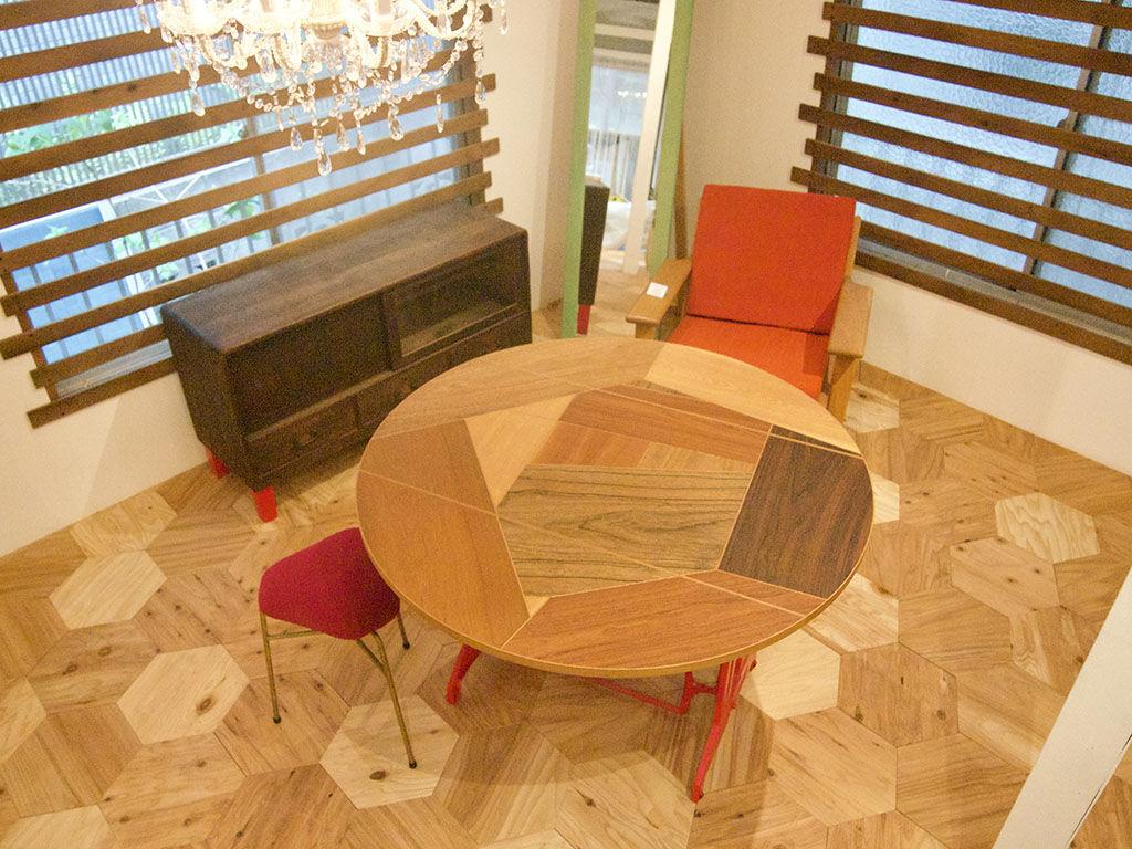 同じ物でも合わせ方によってまったく違う空間を作り出せる家具