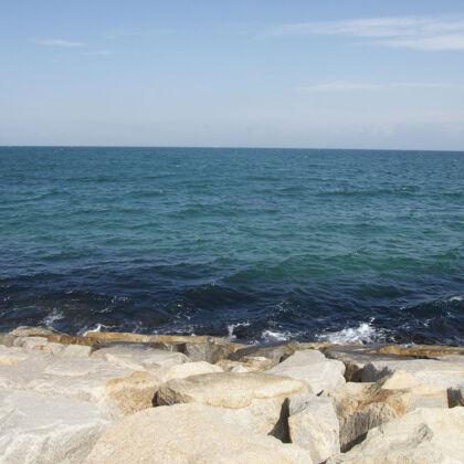 海が綺麗な淡路島