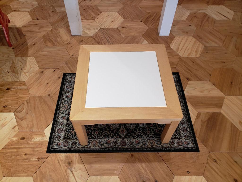 着せ替え天板をセットした『JYU-NI TABLE』
