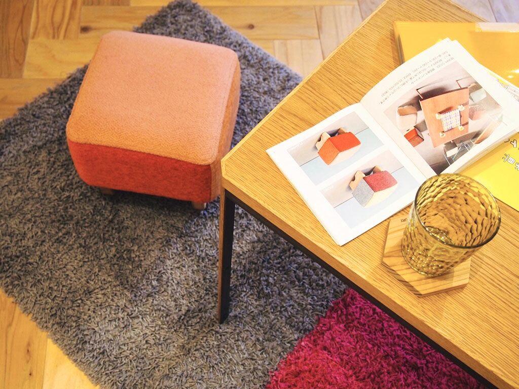 ルーツファクトリーの家具事例とモンペスツール