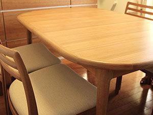 テーブルと椅子の差尺について アイキャッチ