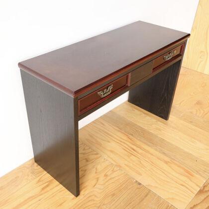栗色の天板に黒染めフレームがお洒落なコンソールテーブル