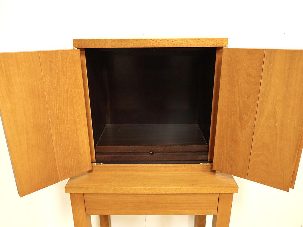 内張りに元のお仏壇の黒檀を使用