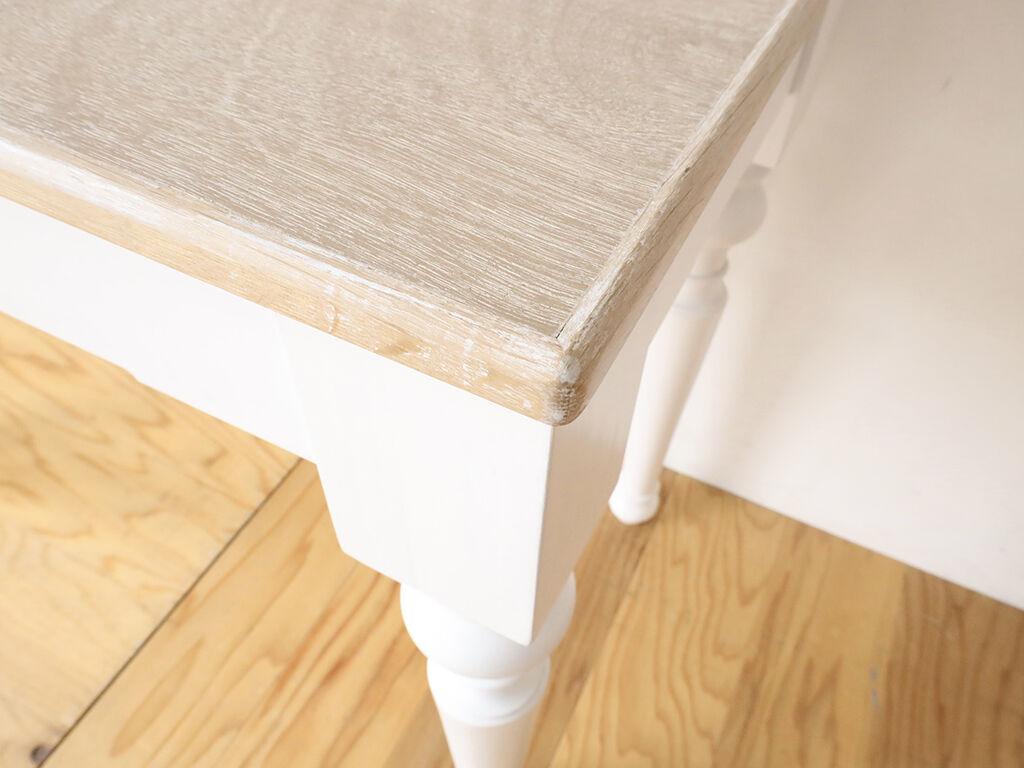天板サイズを縮め脚をなるべく外側の位置に取り付けリメイク