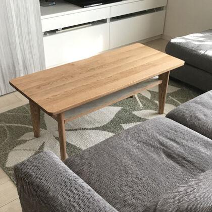 リビングのソファ前に設置したリビングテーブル