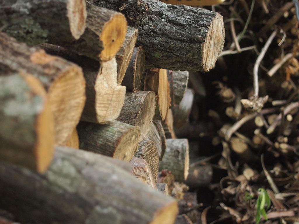 薪で直火のゴエモン風呂