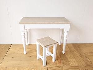 フレンチカントリー調のテーブルをリサイズ&スツールにリメイク アイキャッチ