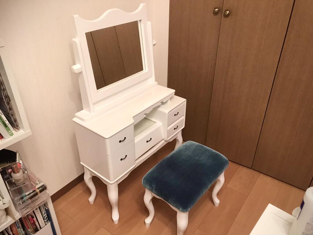 お祖母様の形見の鏡台をリメイク&スツールをオーダーメイド
