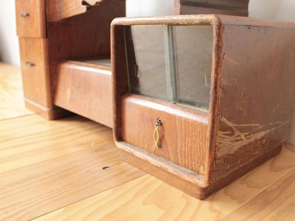 50年以上前から使われていた鏡台