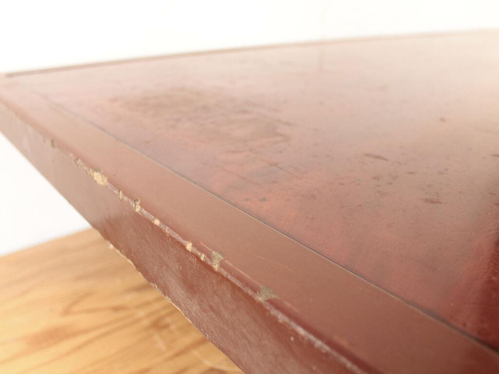 天板の汚れや傷が目立つため美装をご依頼ただいた座卓
