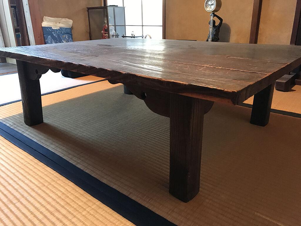 お客様のお父様が気に入ってご購入されたという思い出の座卓