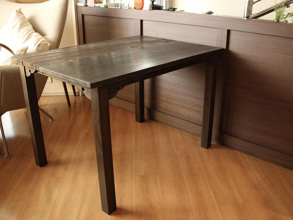 座卓からリメイクしたダイニングテーブルのお客様宅への納品写真