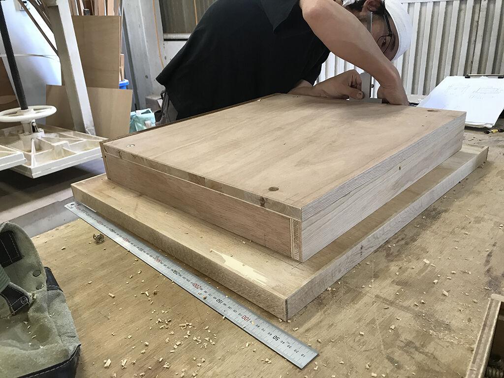 学習机の天板下の引き出し内部を新規製作