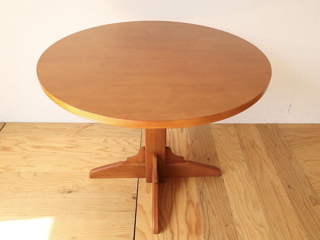 長方形から円形にリメイクしたダイニングテーブル