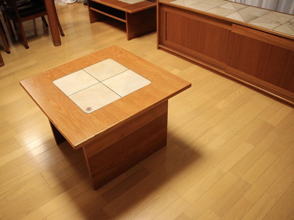 リビングボードと一緒にリペアさせていただいたテーブル