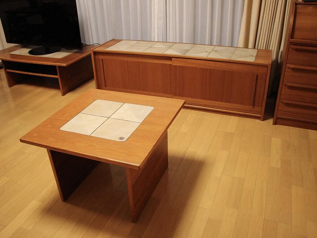 リビングボードをリサイズしたテレビボードと修理したテーブル