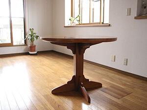 長方形ダイニングテーブルを円形テーブルにリメイク アイキャッチ