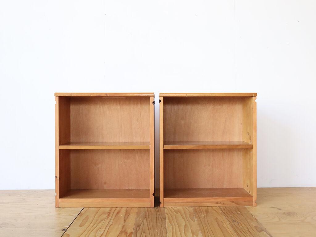 W508 D200 H642の小ぶりな本棚