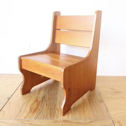 パインのベンチからリメイクした椅子型飾り棚