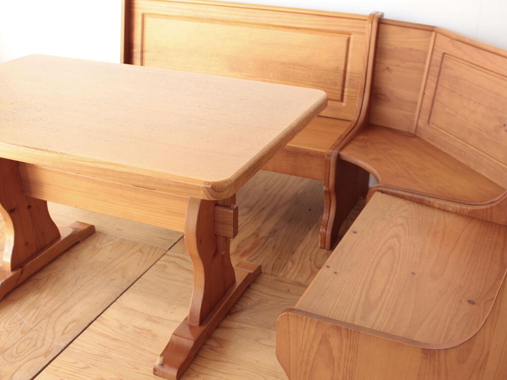 複数の家具へのリメイクをご希望いただいたパインのダイニングセット
