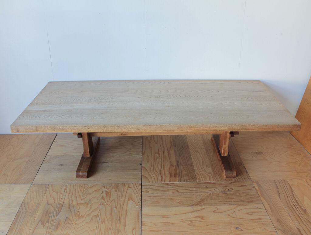 リメイクのご依頼をいただいたW2090×D1000×H570の無垢オーク材のダイニングテーブル